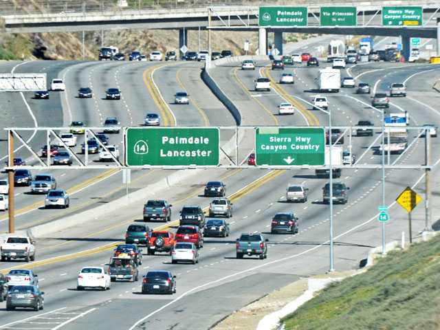 Traffic flows freely on Highway 14 as seen from Golden Valley Road in Canyon Country at about 1:30 p.m. Wednesday. (Jonathan Pobre/The Signal)