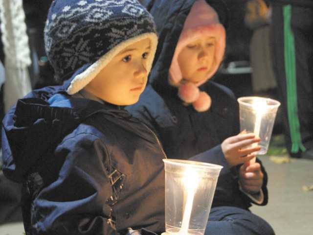 The Compassionate Friends 16th annual Worldwide Candle Lighting to remember the death of a child will be held 6:30 p.m. today at Canyon Country Park.
