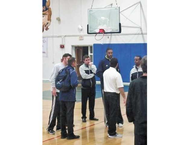 Prep basketball: Kaluna vs. Backboard