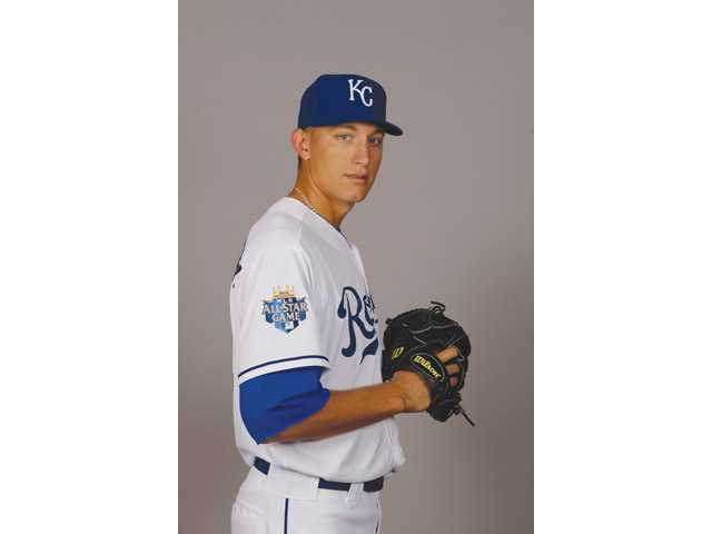 Hart graduate Mike Montgomery will pitch for the Tampa Bay Rays organization.