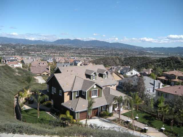 A Tesoro del Valle home in Santa Clarita listed for $980,000 in April 2012.  Intero Real Estate Services of Santa Clarita/Courtesy photo