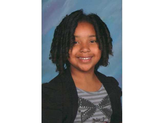 Vegas police investigate discovery of girl's body