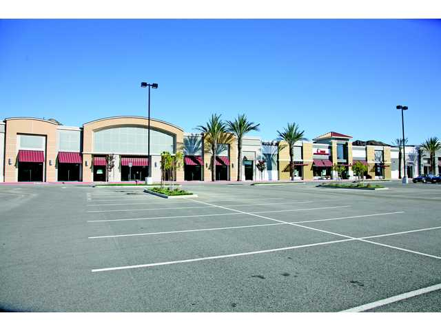 Intertex Properties closed escrow on the Gateway Promenade on The Old Road, and is already filling the retail center with new clients.