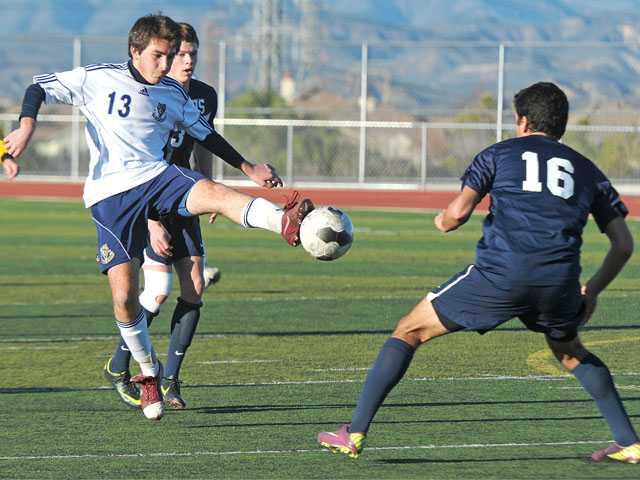 Prep boys soccer: West Ranch shows resilience