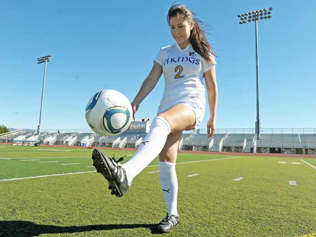 Valencia senior defender Lindsay Bos would love nothing more than to lead her team to its first Foothill League title in four years.
