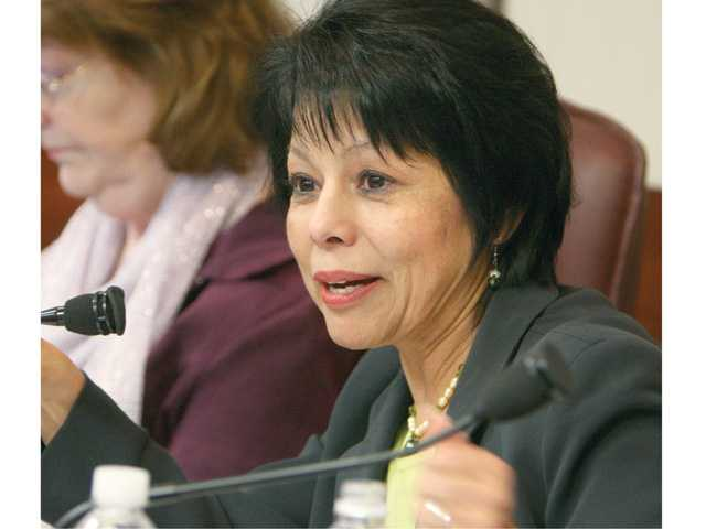 Gloria Mercado Fortine, a trustee with the William S. Hart School Board, has announced she will run for City Council.