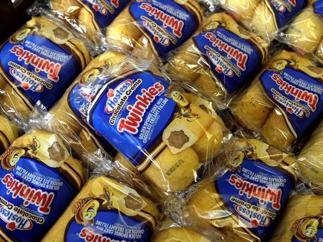 Hostess Brands is close to announcing that it has picked two investment firms as the lead bidders for its Twinkies and other snack cakes.