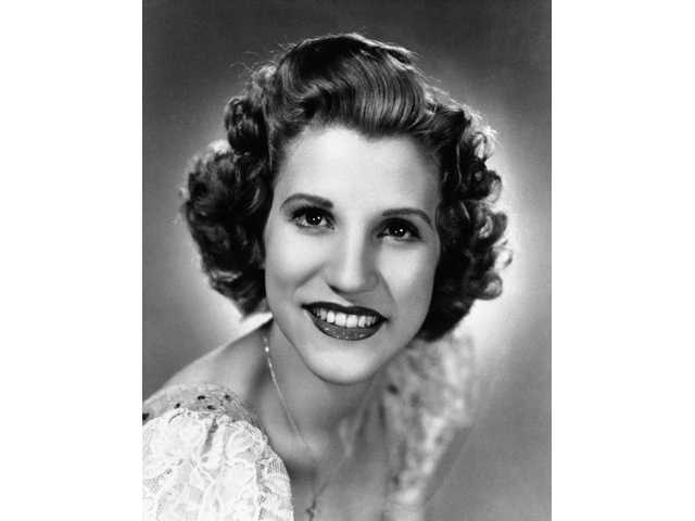 This 1942 file photo shows singer Patty Andrews, the last survivor of the three singing Andrews sisters, who has died at age 94.
