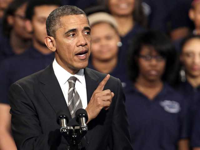 Obama in Chicago exhorts 'ladders of opportunity'