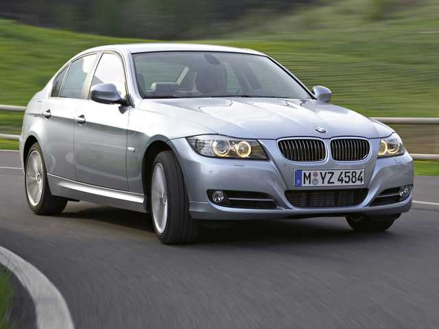 This photo provided by BMW AG shows the 2009 BMW 3-Series sedan. BMW is recalling almost 570,000 cars in the U.S. and Canada. (AP)