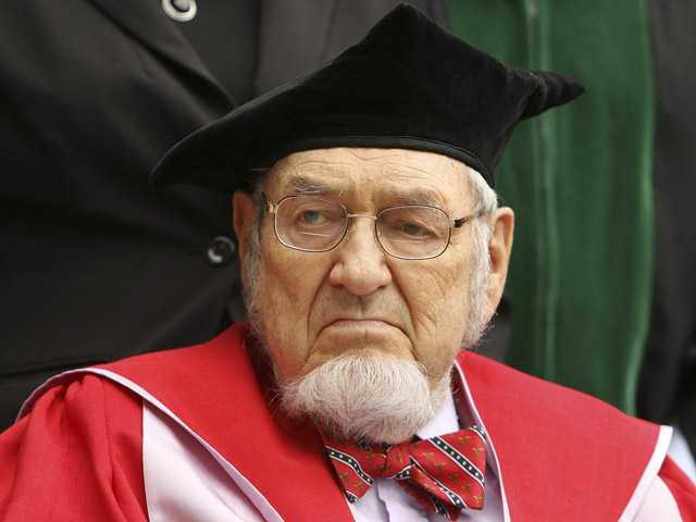 Dartmouth Alumni and former Surgeon General Dr. C Everett Koop participates in the inauguration ceremony for Dartmouth College's new President Jim Yong Kim in Hanover. (AP)