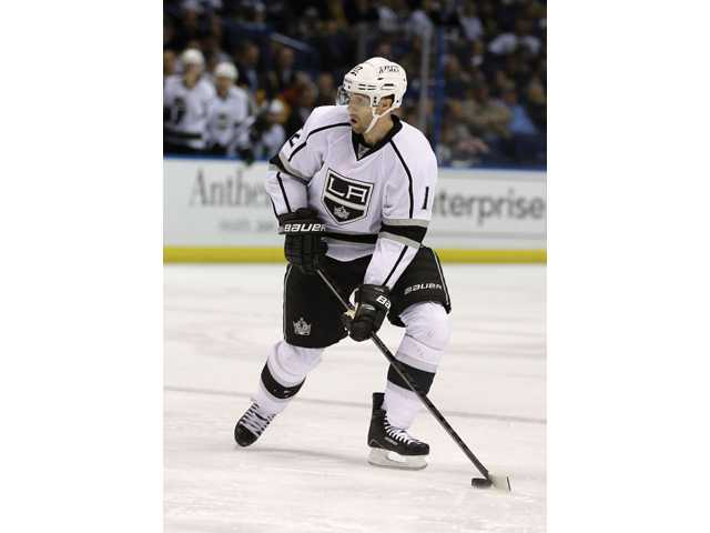 Kings trade Simon Gagne back to Philadelphia