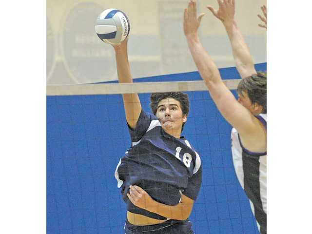 Saugus junior Max Nua will try to translate his preleague success into Foothill League play beginning this week.