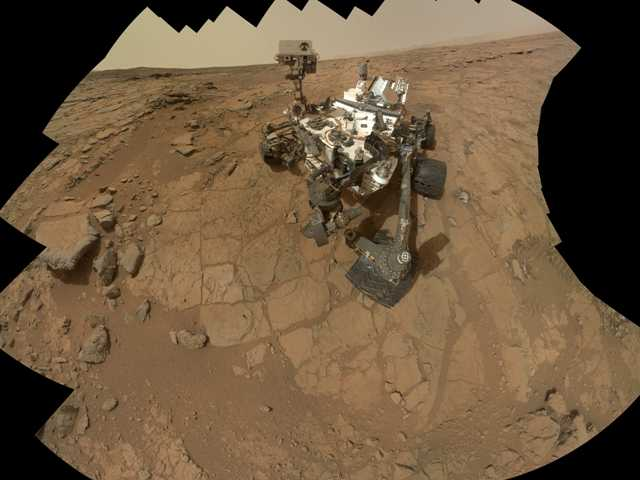 After back-to-back computer problems for NASA's Mars rover Curiosity, the six-wheel rover has resumed its science experiments.