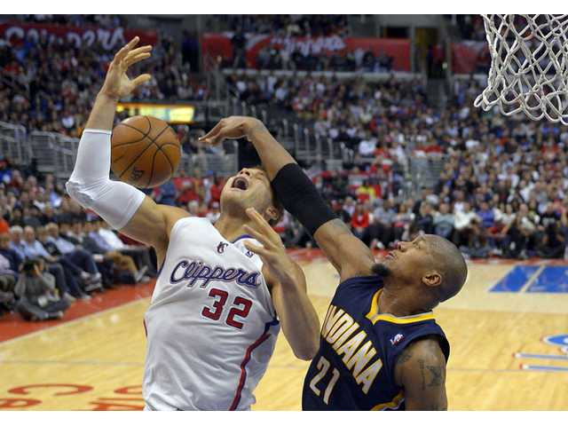 Pacers hold on to beat Clippers 109-106