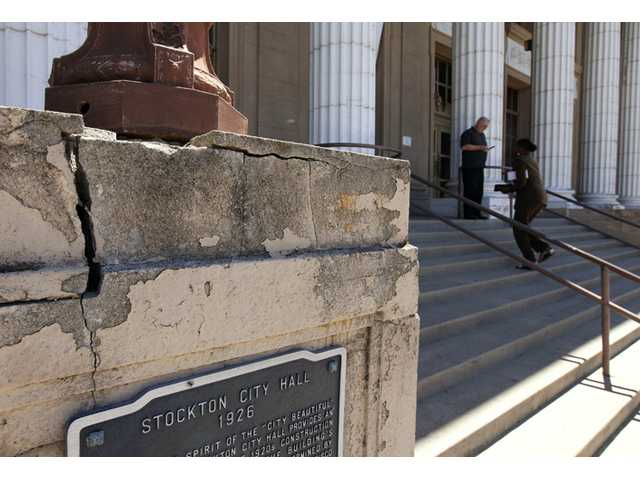 Judge rules Stockton, Calif., to enter bankruptcy