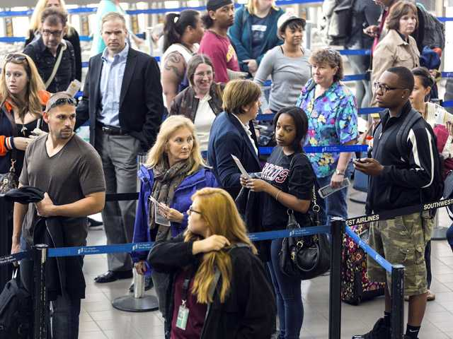 Flight delays pile up Monday after FAA budget cuts