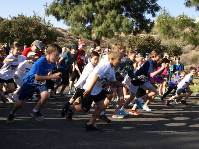 About 500 runners, including kids, took part in the 17th annual CASTAIC run/walk. Photo by Jim Holt.