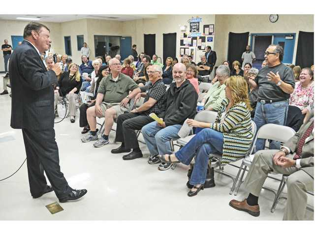 Praise given, questions raised at Saugus town hall meeting
