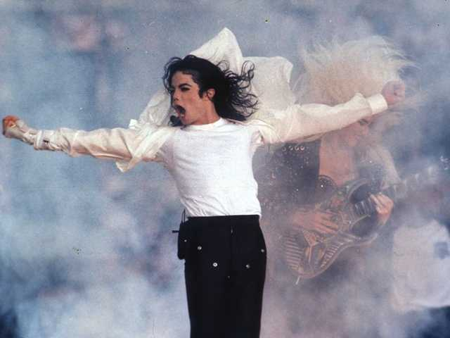 Michael Jackson performing during the halftime show at the 1993 Super Bowl in Pasadena. A lawyer tried to show his doctor's desperate financial need.