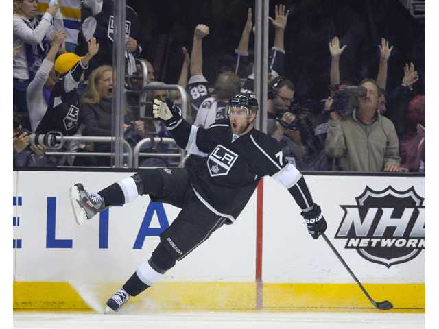 Los Angeles Kings center Jeff Carter celebrates his goal against the San Jose Sharks on Thursday in Los Angeles.