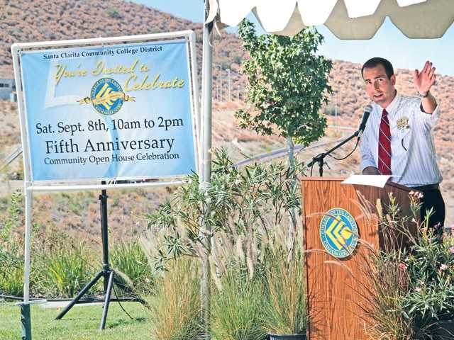 Ryan Theule named dean of College of the Canyons Canyon Country campus