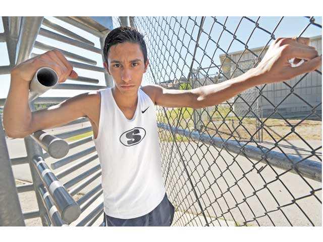Saugus senior Rodrigo Ornelas will run in the CIF state 3,200m race on Saturday.