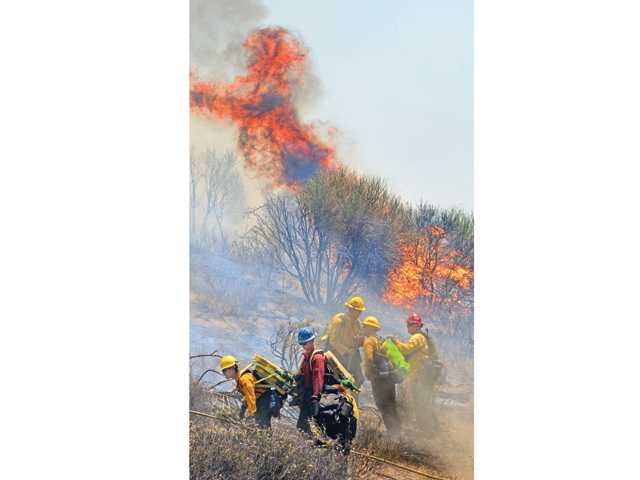 Two fires off Templin Highway contained quickly