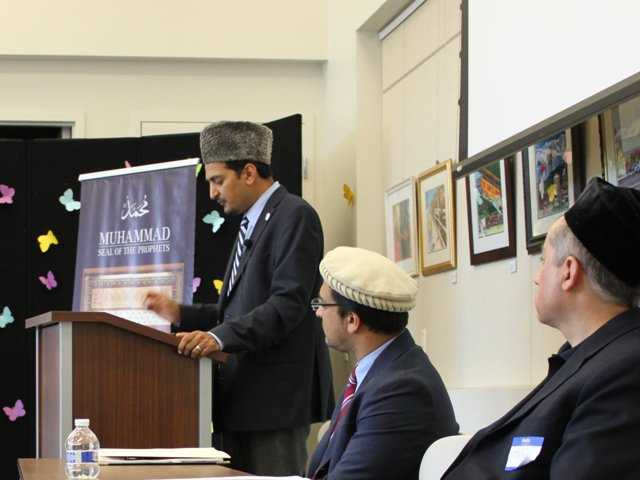 Photo courtesy of the Ahmadiyya Muslim Community of Santa Clarita.