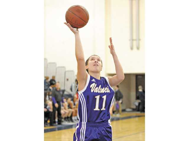 Senior Kalia Summerlin led the Vikings to a co-championship in girls basketball.