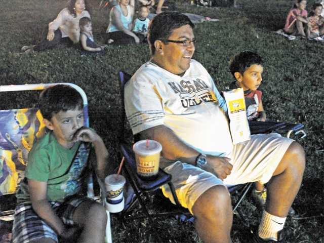 'Movies in the Park' series continues at Hart Park tonight