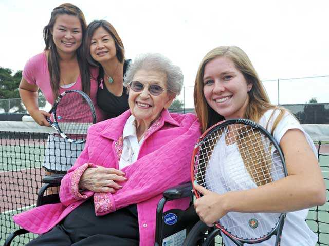 (Top row, from left) Lauren Dam with her mother Michelle Dam. (Bottom row, from left) Sonia Klein, 97, and great-granddaughter Sydney Schwartz. Michelle Dam overcame breast cancer six years ago, while Sonia Klein beat the disease 28 years ago. Lauren Dam and Sydney Schwartz organized Rally for Life, a charity tennis tournament, to raise money for City of Hope. Photo by Jonathan Pobre.