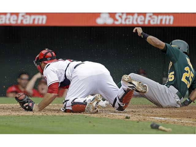 Angels can't catch up to Bartolo Colon