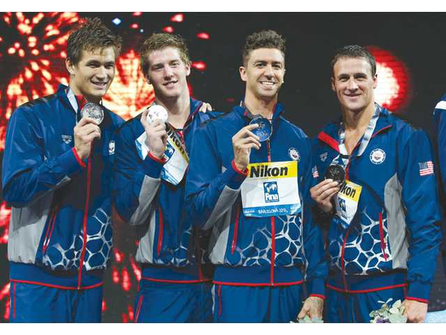 Anthony Ervin, U.S. team take silver medal