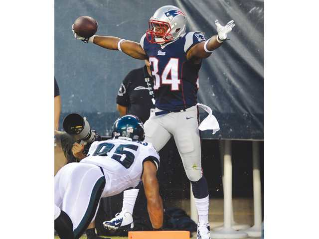 New England Patriots running back Shane Vereen (34) graduated from Valencia High School.