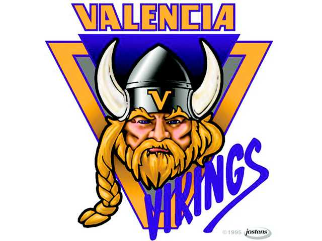 Like most teams in the Foothill League, the Valencia Vikings junior varsity squad tries to replicate the somewhat-complicated schemes of its varsity counterpart as much as possible.