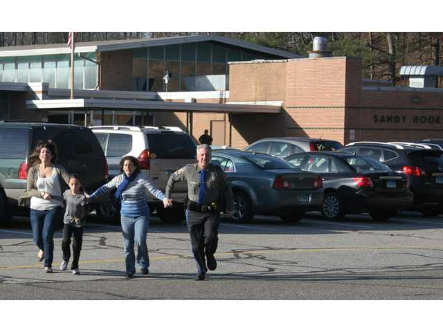 Conn. panel orders release of Newtown 911 tapes