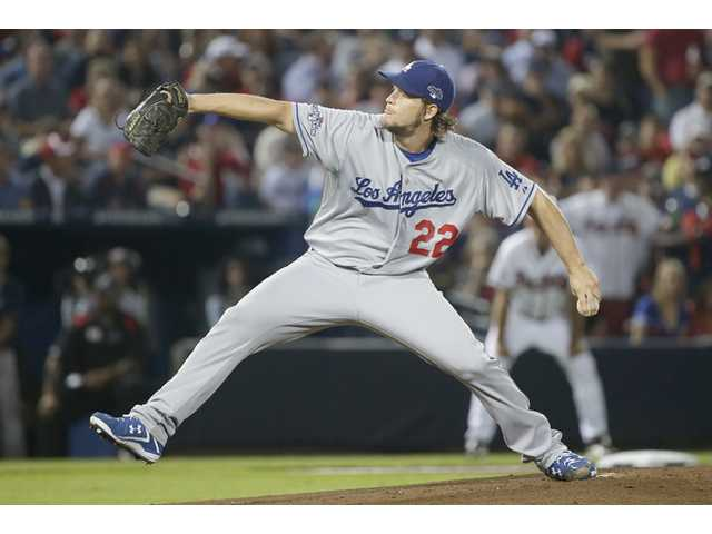 Kershaw pitches Dodgers past Braves in Game 1
