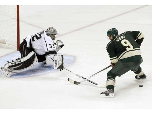 Kopitar, Carter lift Kings in shootout win