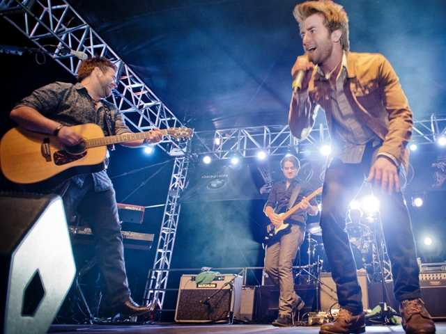 "Swon Brothers, finalists on ""The Voice"" play at the SCV Music Festival Friday, Oct. 4. Charlie Kaijo/The Signal"