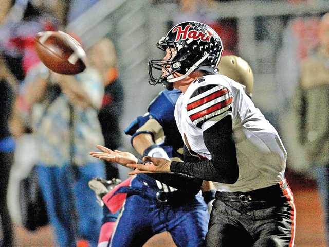 Hart football endures West Ranch