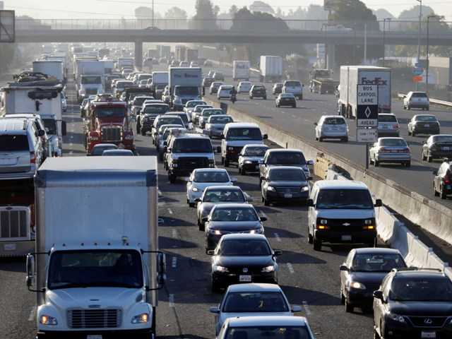 Highway 880 in Oakland is packed with commuters on Friday. Commuters endured heavy traffic on roadways, as BART workers walked off the job for the second time in four months.
