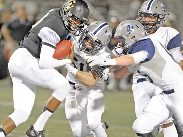 Saugus breaks loose on Golden Valley