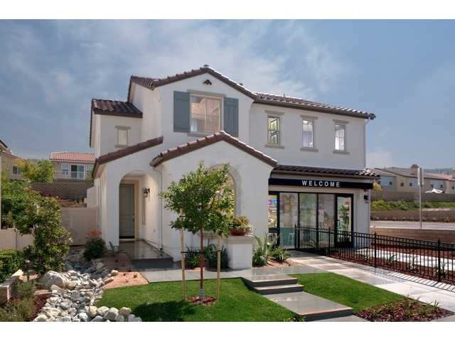 Pardee Homes' Crest View homes at Fair Oaks Ranch in Santa Clarita.  Courtesy photo