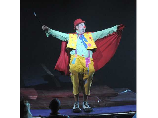 Matti the clown entertains the crowd during opening night of the Circus Vargas. Photo by Dan Watson.