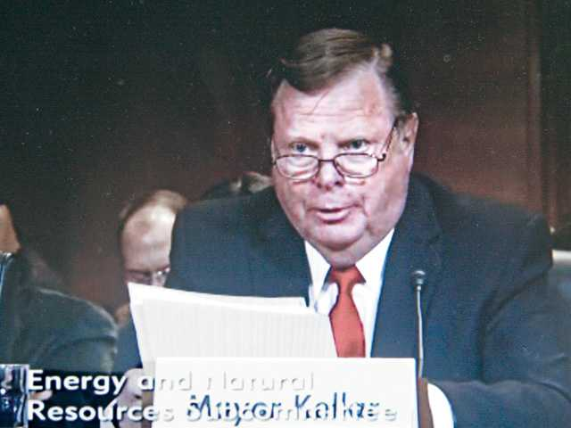 Santa Clarita Mayor Bob Kellar offers televised testimony in favor of the bill to block the Cemex mine during a Senate sub-committee meeting in Washington, D.C., on Wednesday. Signal photo by Luke Money