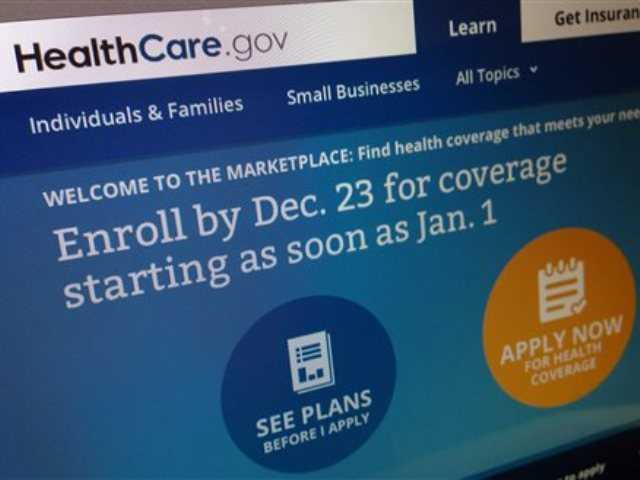 Anticipating heavy traffic on the government's health care website, the Obama administration effectively extended Monday's deadline for signing up for insurance by a day, giving people in 36 states more time to select a plan.