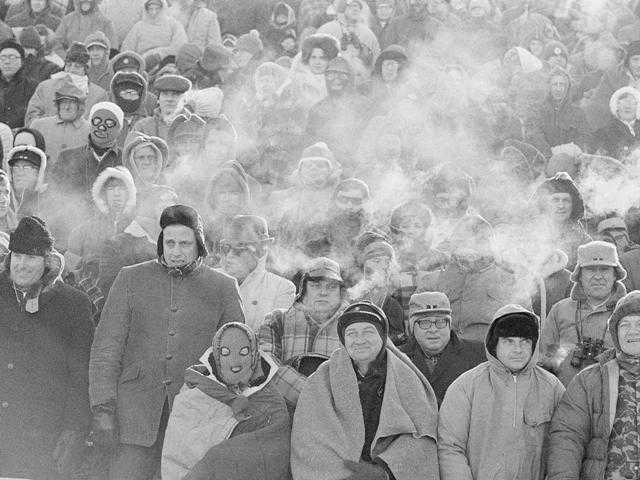 Comparisons to the legendary 1967 Ice Bowl are inevitable when the mercury dips below zero at Lambeau Field in Wisconsin in preparation for Sunday's game with the 49-ers.