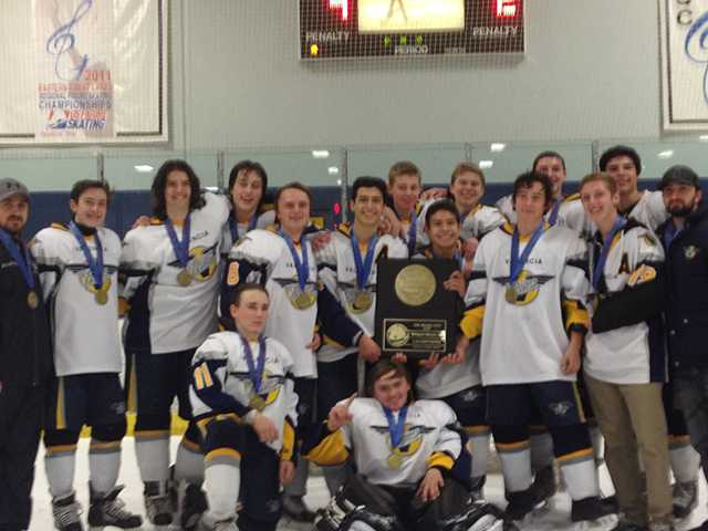 Valencia hockey team wins championship
