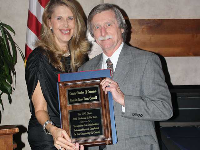 Jack Crawford with the UPS store won Business of the Year at the Castaic Community Annual Awards event. Miriam Robles/courtesy photo